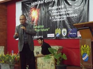Session motivasi bersama H. Supardan Assidqie